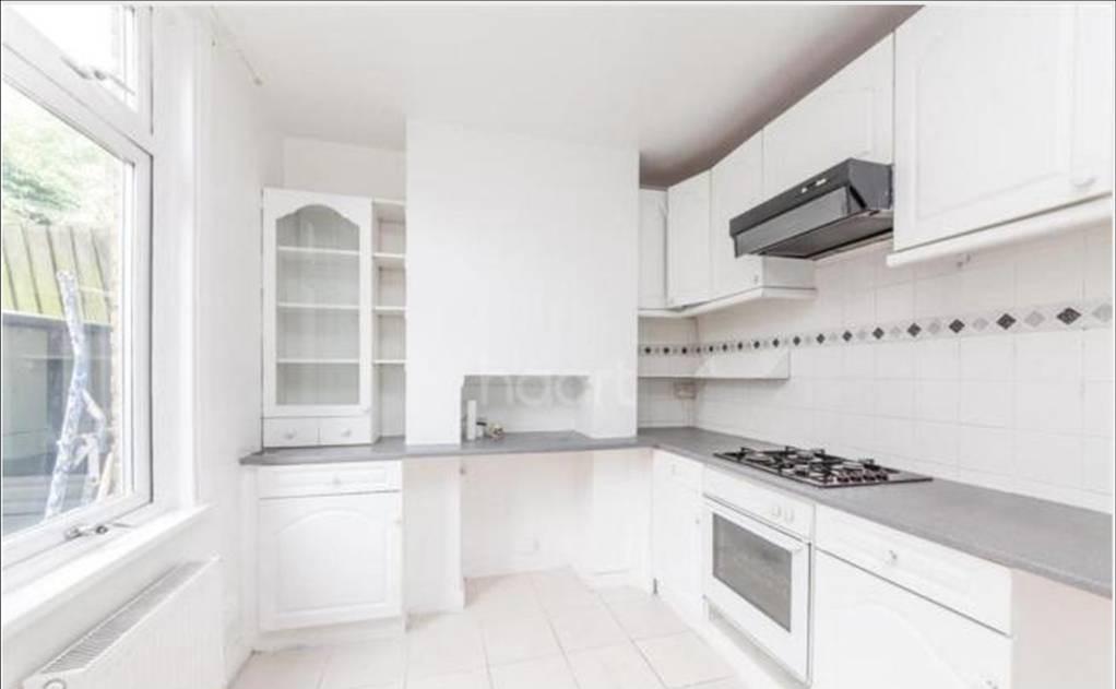 Lessingham Avenue Kitchen