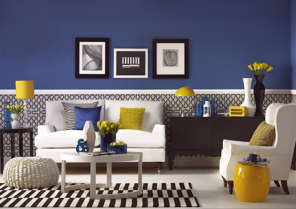 Living room styled by Sophie / Image: Dominic Blackmore - housetohome.com