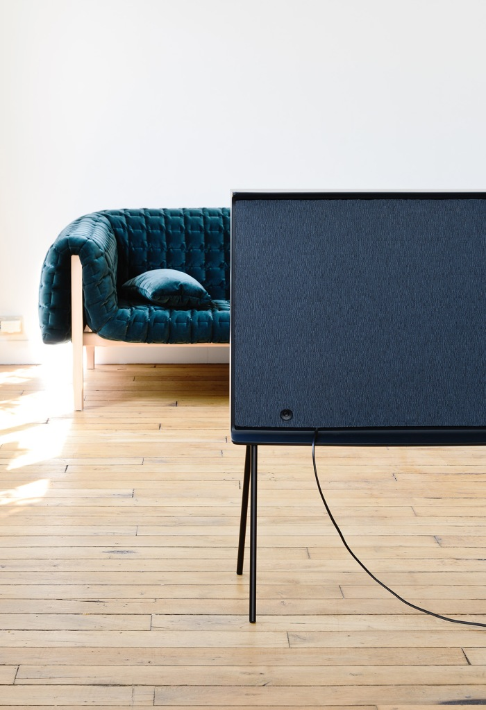 Samsung Serif TV 2