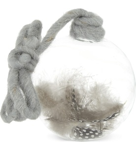 Feathers bauble £7.50