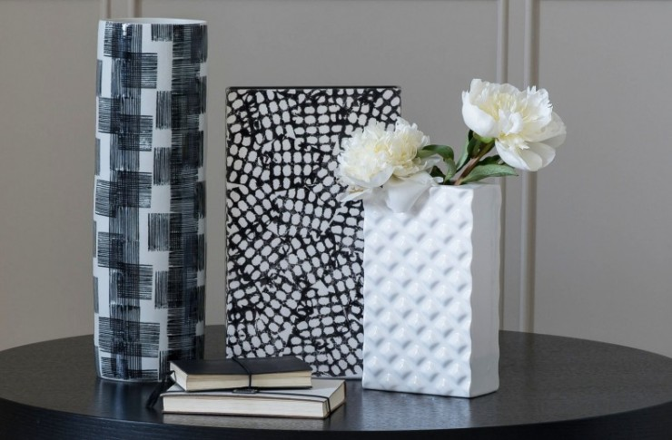 Monochrome looks from Kelly Hoppen