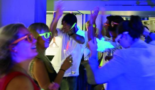party3-800x470