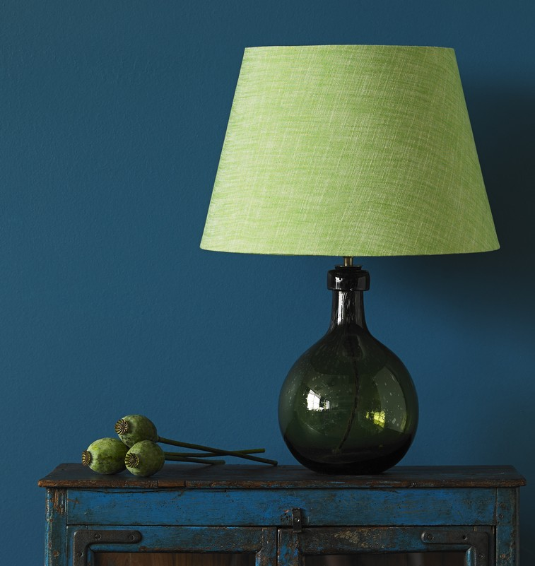 pooky-elsa-table-lamp-in-olive-40cm-straight-empire-shade-in-apple-chambray