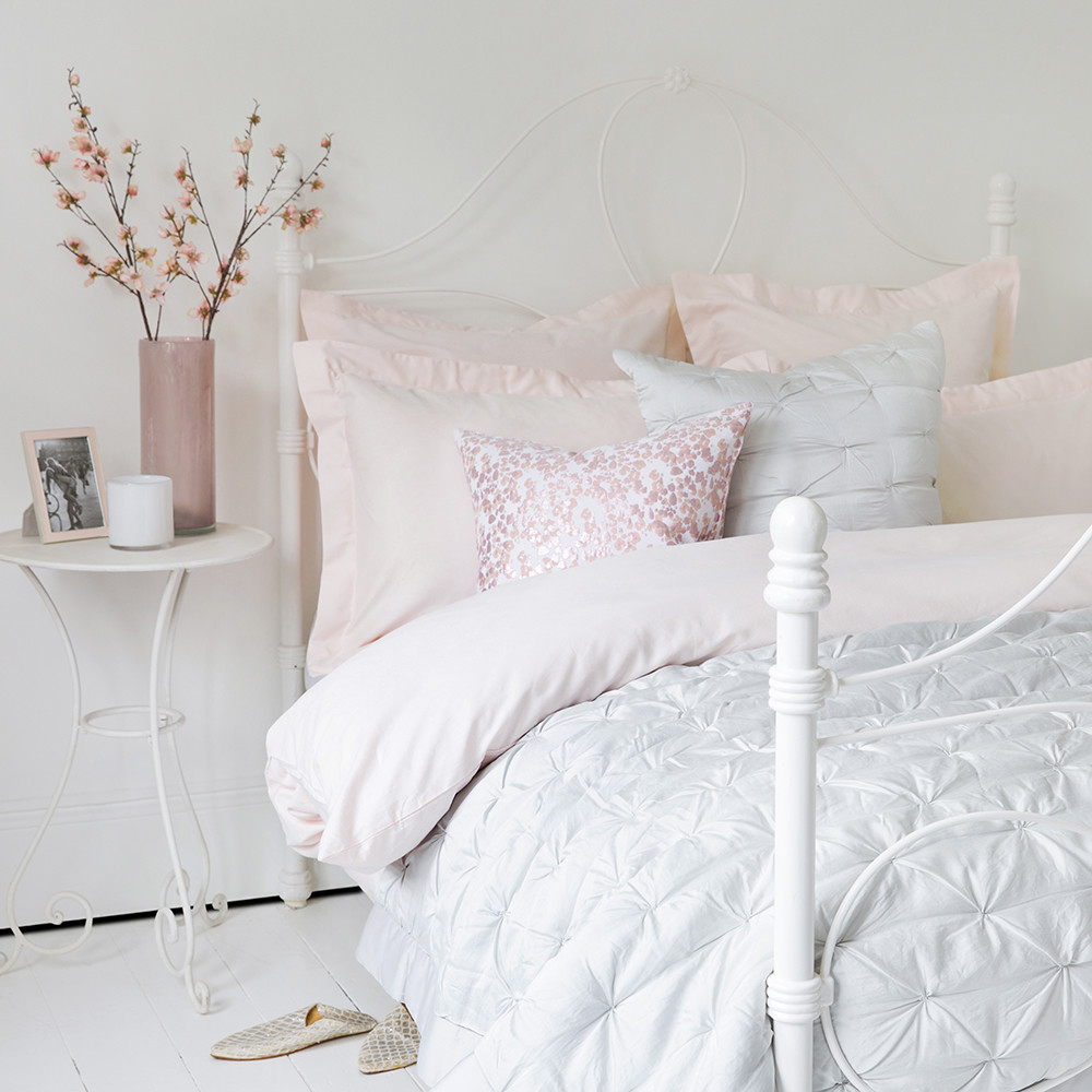 Dee Duvet Cover A by Amara