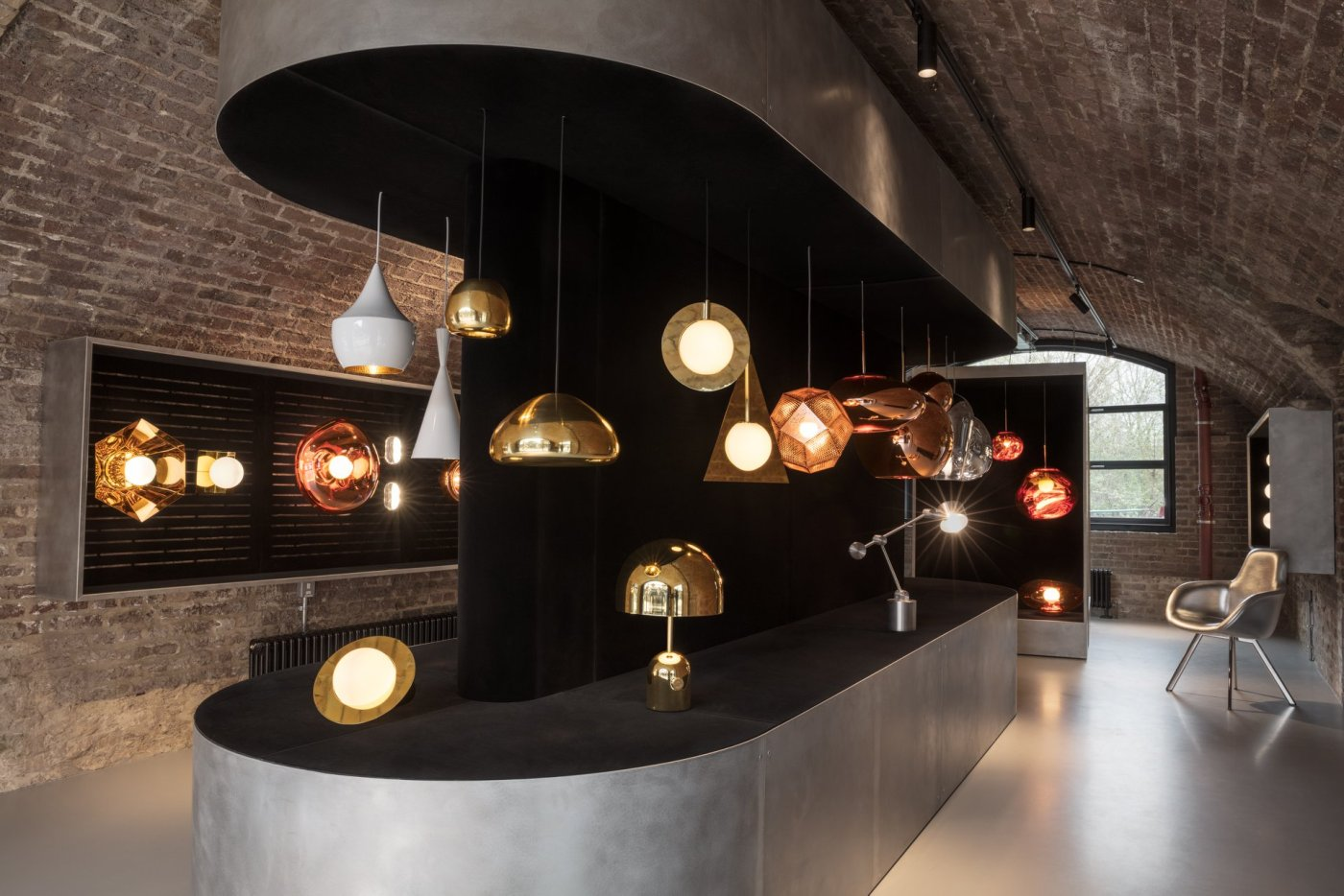 Tom Dixon Shop Lighting Arch